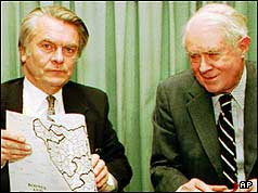 Lord Owen (left) and Cyrus Vance