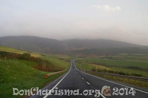 scotland-long-road-street-pixabay-172955-DonCharisma.org-1024LE