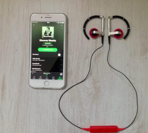 A8 bluetooth earphones