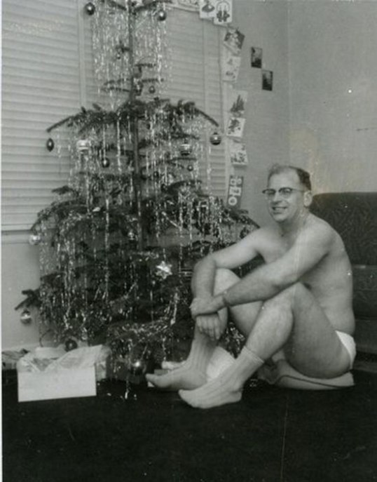 awkward-family-dad-underwear-christmas-tree-vintage