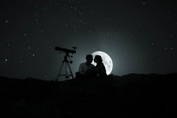 1499398721-full-moon-romance-photography-by-alexander-halin